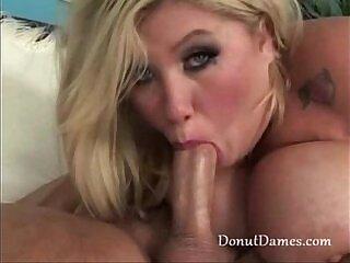 bbw-blowjob-chick-fat-girl-huge tits