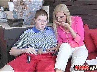 couple-oral-xxx-stepmom-teens