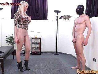 blonde-domination-facesitting-femdom-pantyhose