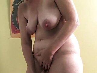 cougar-dildo-masturbation-mature-milfs-older woman