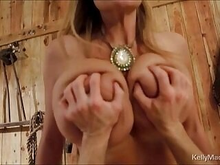 cougar-milfs-tits-wild