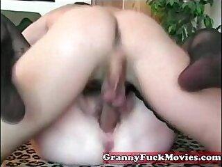 amateur-chick-fat-grandma-granny