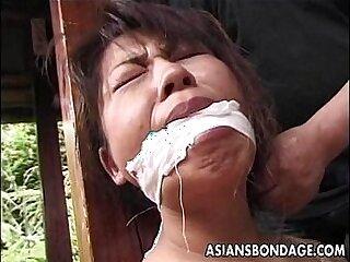 asian-cougar-freak-mature-older woman