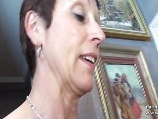 amateur-cougar-french-mom-rimming-xxx