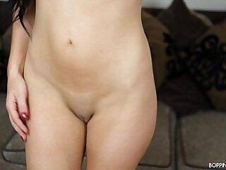 18 years old-babe-dancing-girl-naked