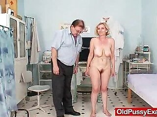 bald pussy-doctor-mother