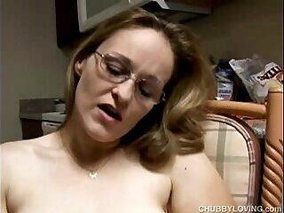 amateur-chubby-masturbation-milfs-mother
