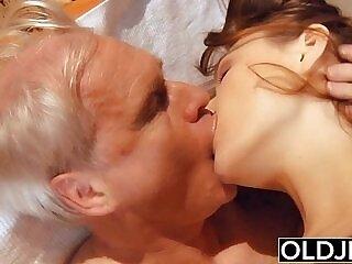 blowjob-cock-cum swallow-grandpa-pussy-sperm