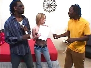 3some-blonde-interracial