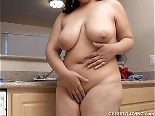beauty-boobs-big booty-breasts-busty-butt