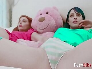 3some-babe-black-blowjob-brother-family