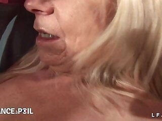 amateur-anal-casting-double-fisting-grandma