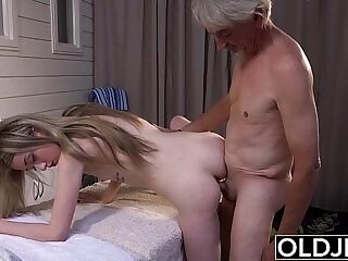 cum swallow-dick-grandpa-massage-pussy-sperm